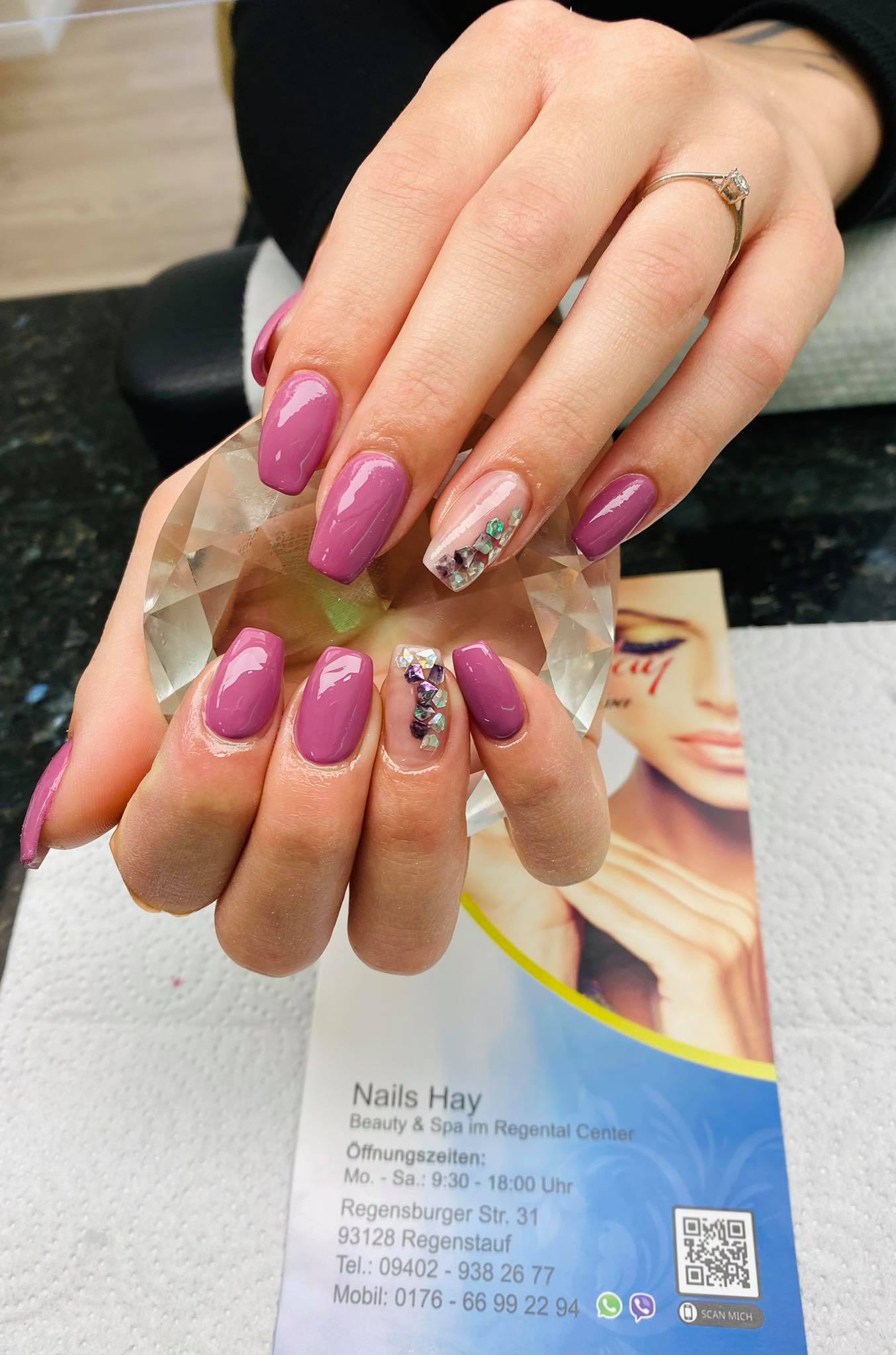 Nails Hay   Regensburger Str 31   93128 Regenstauf